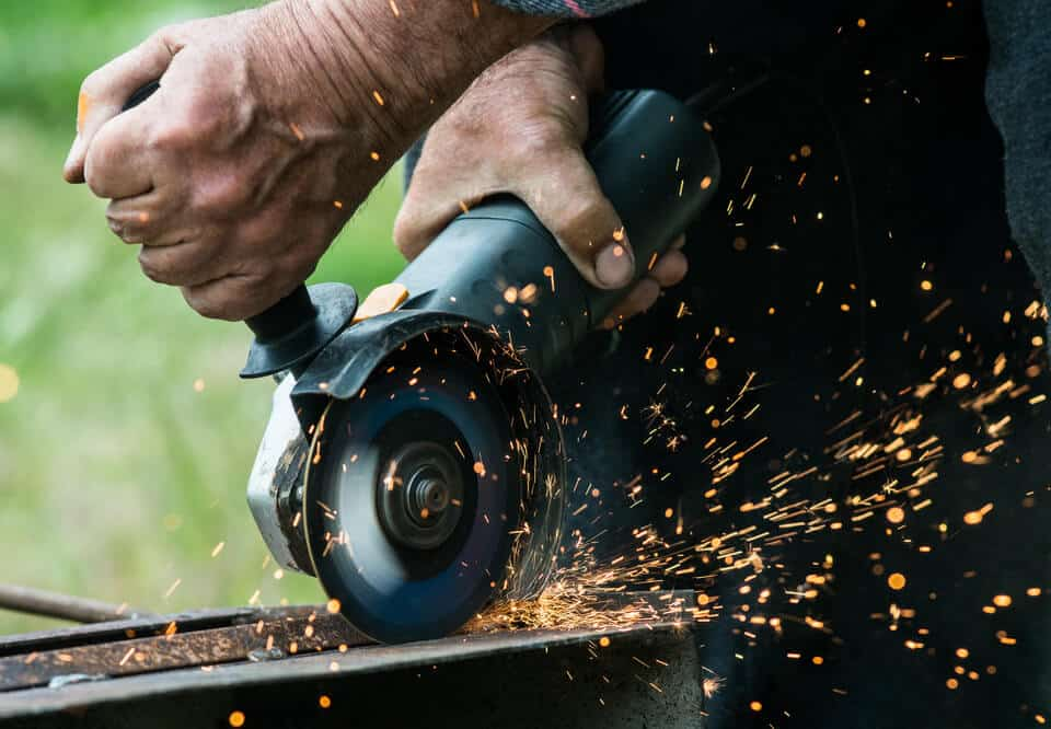 Can Angle Grinders Cut Wood