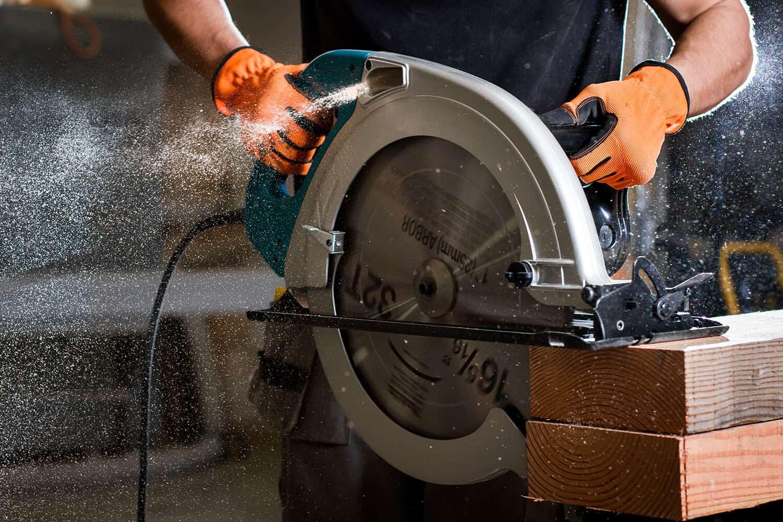 Are Circular Saw Blades Universal