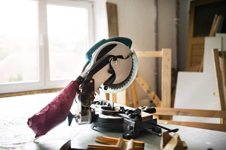 Best Cordless Miter Saw Of 2020: Complete Review With Comparison