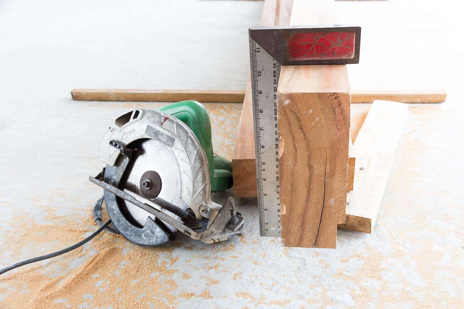 Hitachi C7SB3 Circular Saw