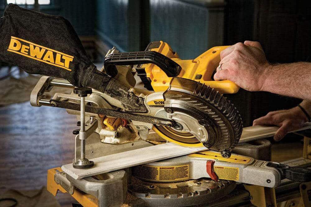 Dewalt DCS361B 20V Max Cordless Miter Saw - How To Use It