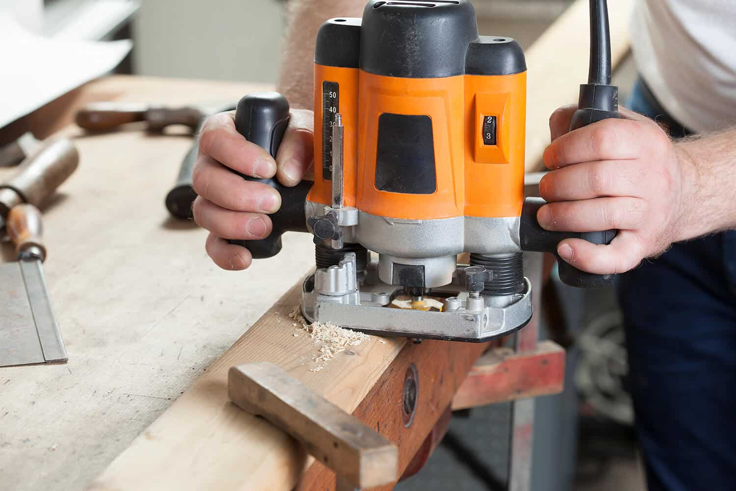 How to Use a Router for Woodworking - To Start