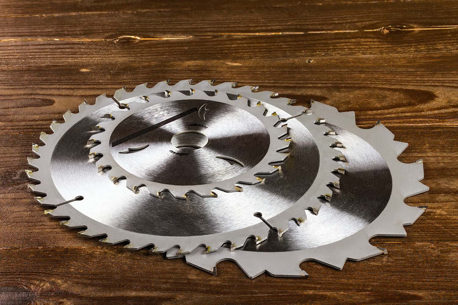 What Type of Steel Are Circular Saw Blades Made From