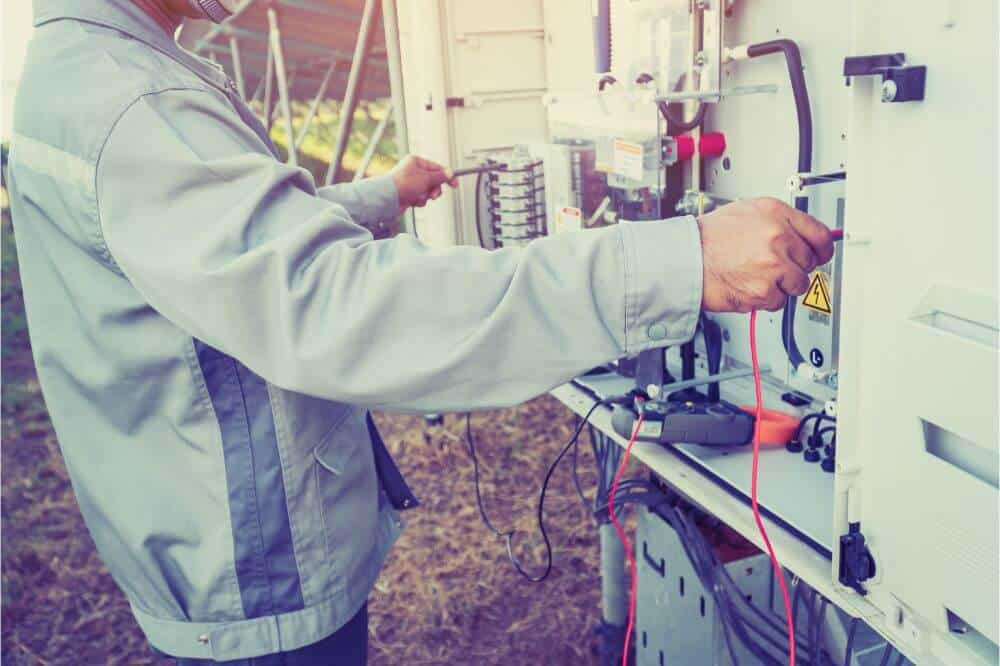 How to Hook Up a Generator to Your House Without a Transfer Switch