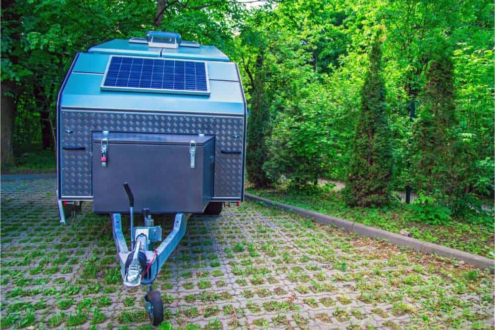How to Use a Generator with a Travel Trailer