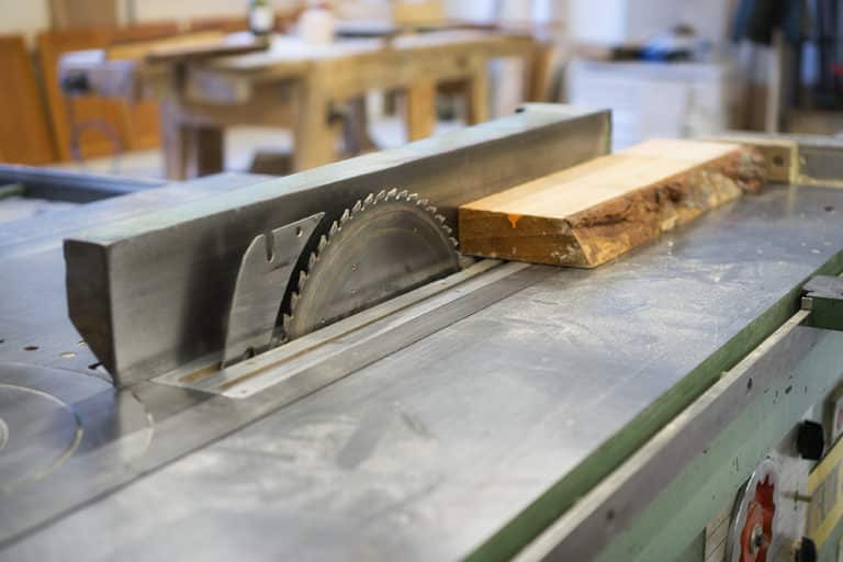 What Is A Hybrid Table Saw?