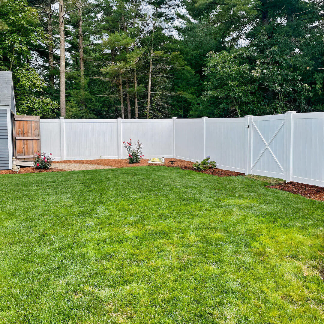 How Much Does It Cost to Put Up a Privacy Fence
