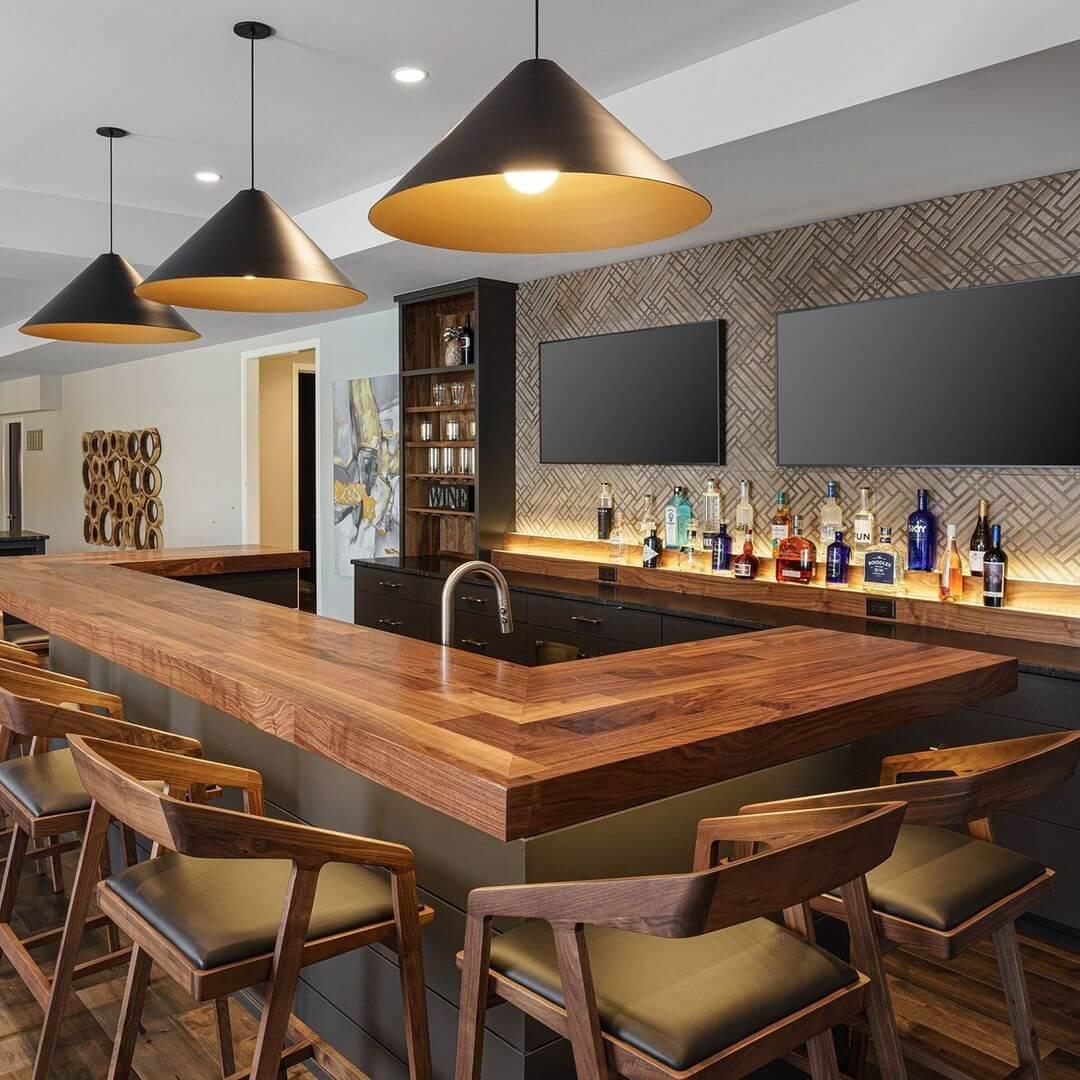 Maple Wood Basement Bar