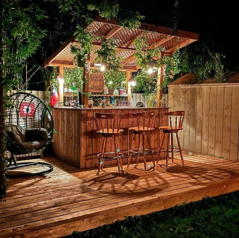 Shed With Bar Ideas for Backyard Entertainers